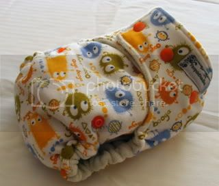 One Size Bamboo Fitted Cloth Diaper *Blue Ooga