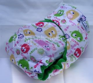One Size Bamboo Fitted Cloth Diaper *SECOND Pink Ooga