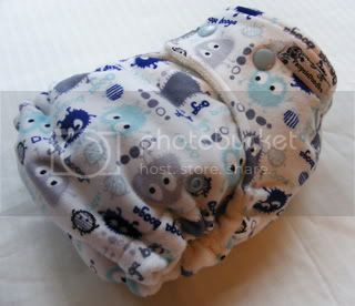 One Size Bamboo Fitted Cloth Diaper *Winter Ooga